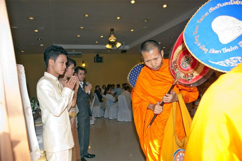 แต่งงานพิธีเช้า-ประเพณีไทย-06